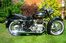 083 Royal Enfield Indian Chief 1959