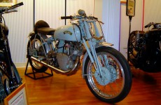 104 Vincent Grey Flash 1950