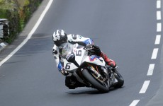 MichaelDunlop_wins_SeniorTT-2