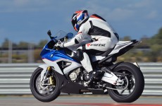 DC-S1000RR_Launch-09