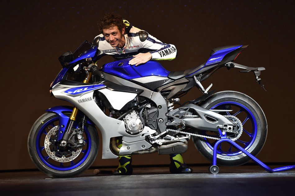yamaha-eicma-global-press-premiere-2014_yamaha_eicma-global-press-premiere_we-r1_031120142202151
