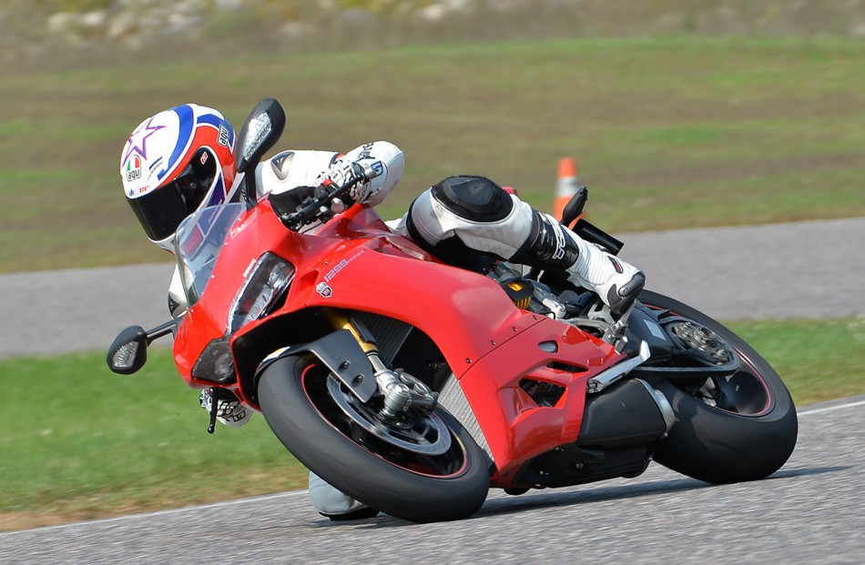 Ducati_Panigale_1299S-DC-04
