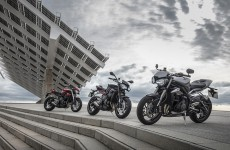 2017-triumph-street-triples-group-Location-02