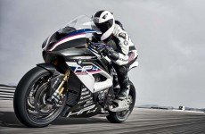 2018-BMW-HP4-Race-16