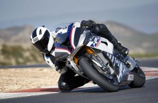 2018-BMW-HP4-Race-27