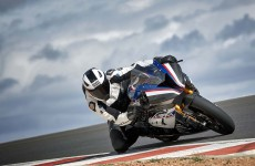 2018-BMW-HP4-Race-33