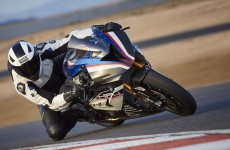2018-BMW-HP4-Race-34