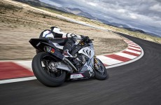 2018-BMW-HP4-Race-36