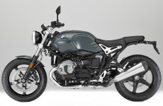 BMW nine T Pure-11