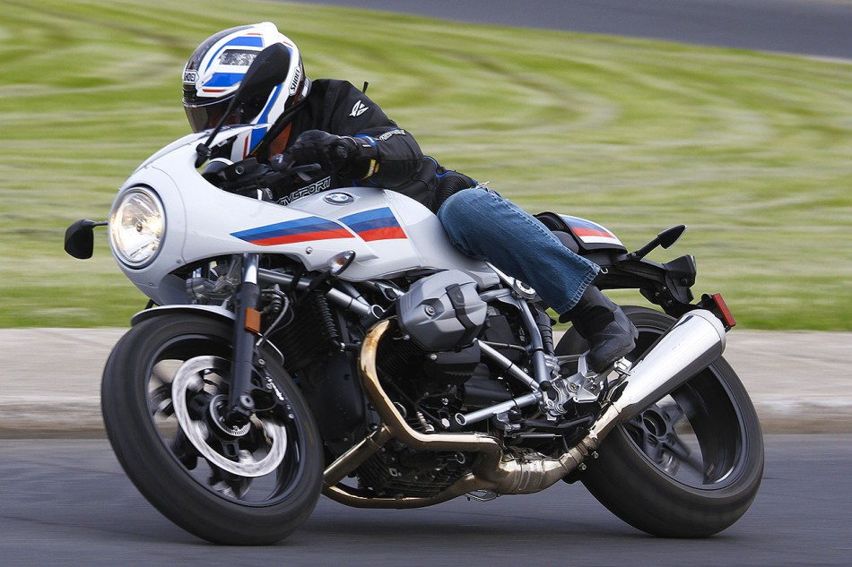 BMW_R-nine-T-Racer-01