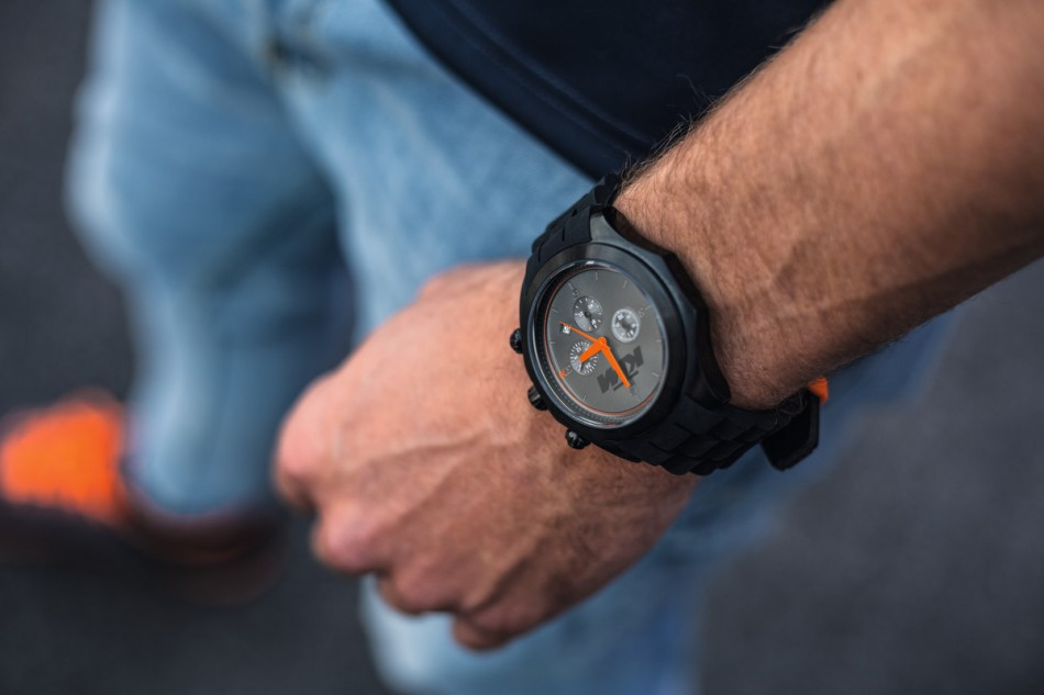 KTM-09.22.17_Chrono Watch