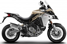 2019-MULTISTRADA 1260 ENDURO_Studio-01