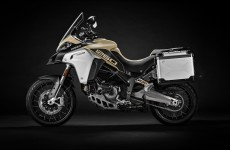 2019-MULTISTRADA 1260 ENDURO_Studio-08