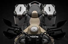 2019-MULTISTRADA 1260 ENDURO_Studio-12
