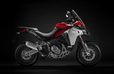2019-MULTISTRADA 1260 ENDURO_Studio-14
