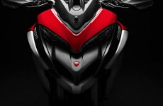 2019-MULTISTRADA 1260 ENDURO_Studio-19