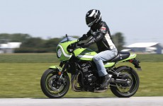 Kawasaki_Z900RS_CafeRacer_RS-action-06