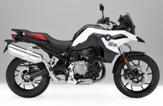 BMW-F750GS_Studio-04