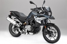 BMW-F750GS_Studio-05