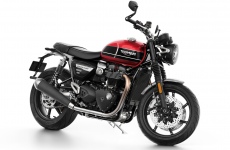2019-Triumph-Speed-Twin-16