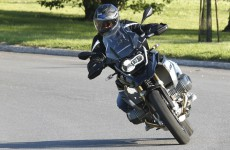2019_BMW_R1250GS-Action-03
