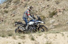 2019_BMW_R1250GS-Action-09