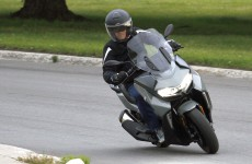 BMW-C400-GT-Action-04