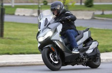 BMW-C400-GT-Action-09