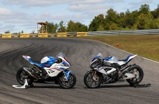 S1000RR SBK vs HP4 Race