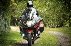 2019_BMW-R1250RT-action-04
