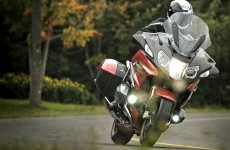 2019_BMW-R1250RT-action-05