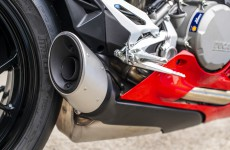 2020-Ducati-Panigale_V2-detail-04