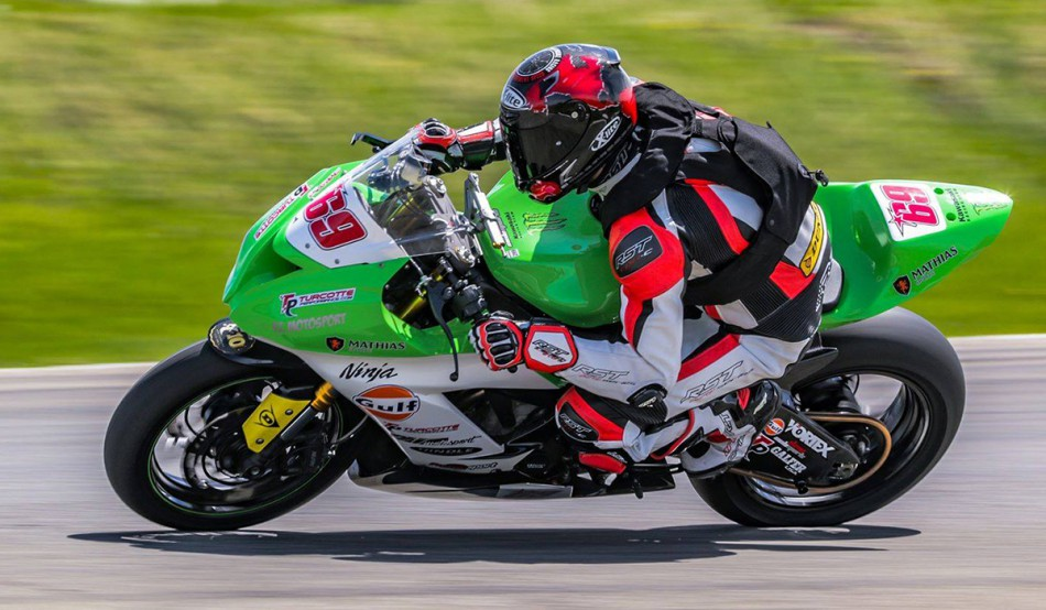 Christian Allard, Champion AM Superbike 2019, en action avec la RS-1