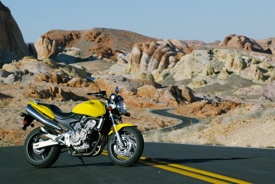 2004-Honda-599-ValleyOfFire-02
