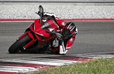 2021-DUCATI_SUPERSPORT_950-03