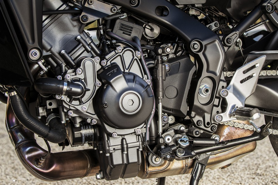 2021_Yamaha-Tracer_9GT-detail-04