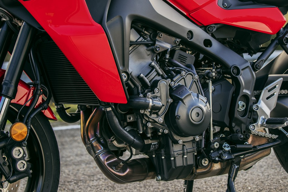 2021_Yamaha-Tracer_9GT-detail-08