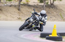 2021-BMW-S1000R-Action-06